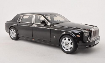 Rolls-Royce Phantom Extended Wheelbase in Black with Tan Interior in 1:18 Scale by Kyosho