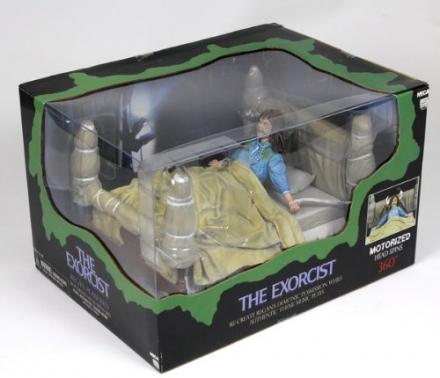 NECA The Exorcist Regan Possessed Delux Box Set 1
