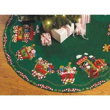 Bucilla Candy Express Tree Skirt Felt Applique Kit-43″ Round