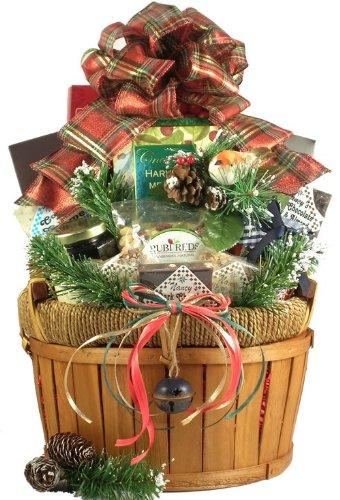 A Christmas Cornucopia Deluxe Gourmet Gift Basket – Medium