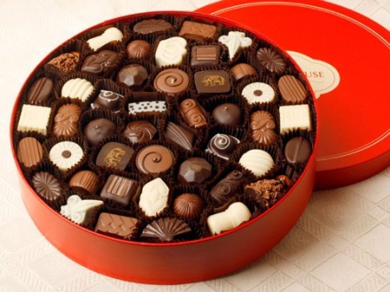 Woodhouse Chocolate – 96 pc. Traditional Assortment – Red Box