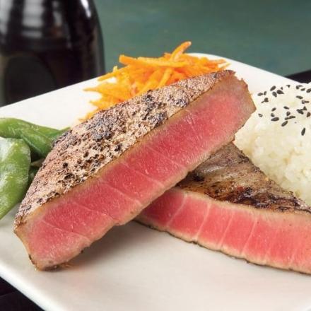 Omaha Steaks 12 (6 oz.) Yellowfin Tuna Steaks