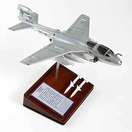 Mastercraft Collection Ea-6B Prowler USN Model Kit