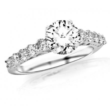1.4 Carat Classic U Prong Diamond Engagement Ring with a 0.75 Carat F-G SI1-SI2 Center