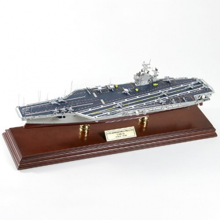CVN-72 Abraham Lincoln 1/700 Scale Model Ship