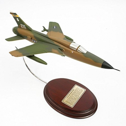 Mastercraft Collection F-105 Thunderchief Model