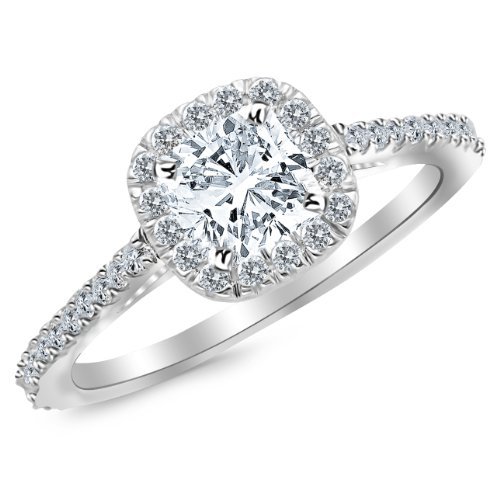 0.85 Carat 14K Gorgeous Classic Cushion Halo Style Diamond Engagement Ring with a 0.5 Carat Cushion