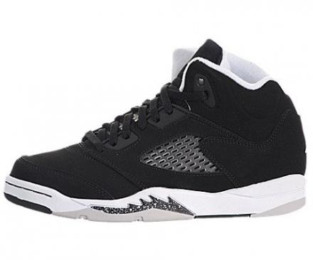 Jordan Kid's Retro 5 Basketball Shoe