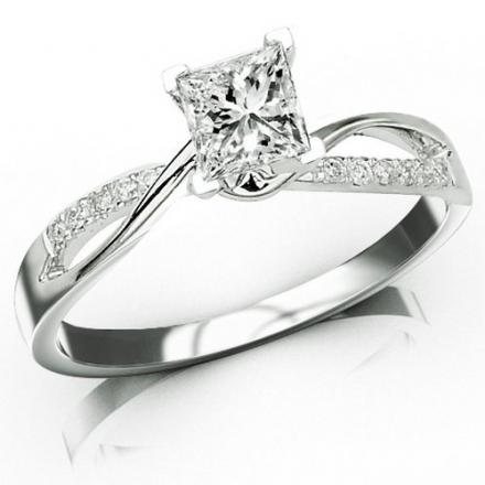0.58 Carat Princess Cut Elegant Twisting Split Shank Diamond Engagement Ring (D-E Color, VS1-VS2 Cla