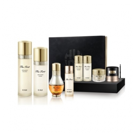 Ohui the First Cell Revolution 3-piece Special Gift Set(8pcs) 24k Gold Ampoule