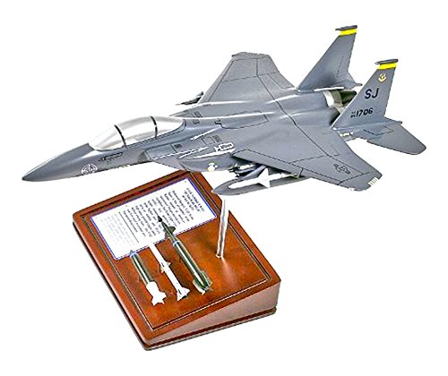 Mastercraft Collection Planes and Weapons Series Boeing F-15E STRIKE EAGLE Model Scale:1/64