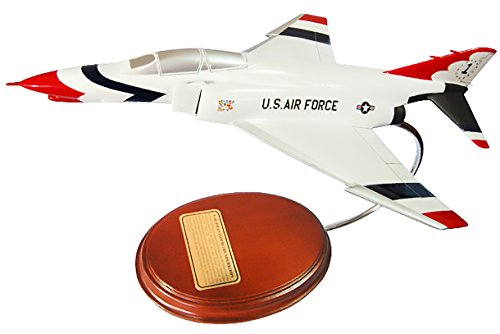 Mastercraft Collection F-4 Phantom USAF Thunderbirds Jet Model Scale:1/62