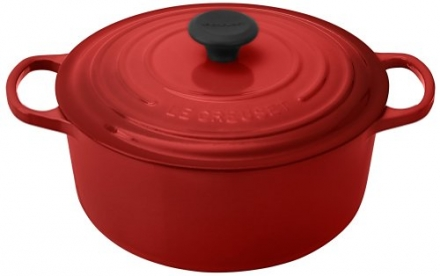 Le Creuset Signature Enameled Cast-Iron 5-1/2-Quart Round French (Dutch) Oven, Cerise (Cherry Red)